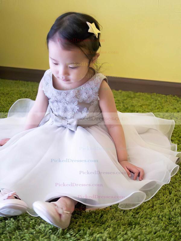 Silver Good Scoop Neck Organza Appliques Lace Tea-length Flower Girl Dress #PDS01031818