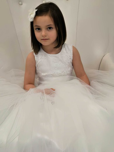 Girls Ivory Scoop Neck Tulle Appliques Lace Floor-length Ball Gown Flower Girl Dress #PDS01031841