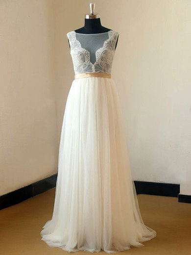 Sweep Train Tulle Scoop Neck Appliques Lace Elegant Ivory Wedding Dresses #PDS00021467
