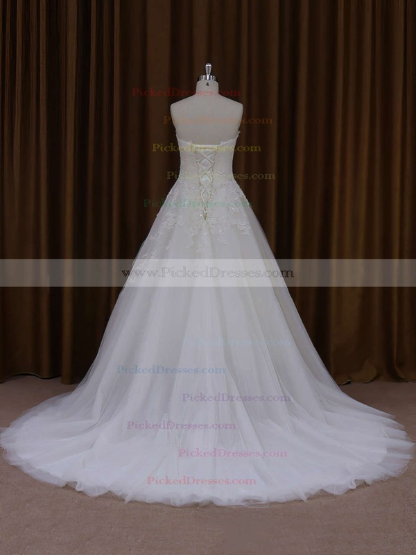 Sweetheart Appliques Lace Ivory Tulle Court Train Fashion Wedding Dresses #PDS00021829