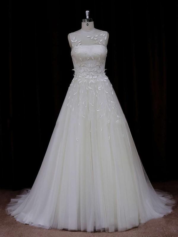 Elegant Princess Appliques Lace Ivory Tulle Scoop Neck Wedding Dresses #PDS00021834