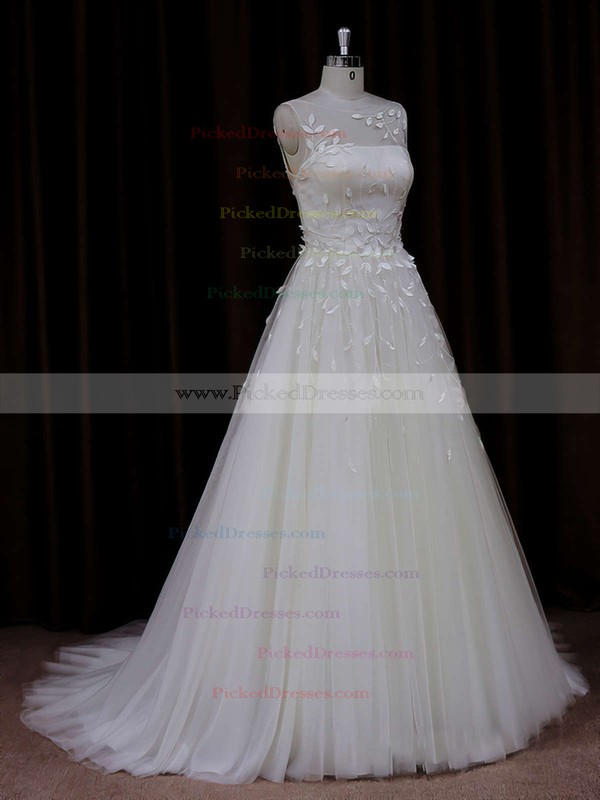 Elegant Princess Appliques Lace Ivory Tulle Scoop Neck Wedding Dresses #PDS00021834