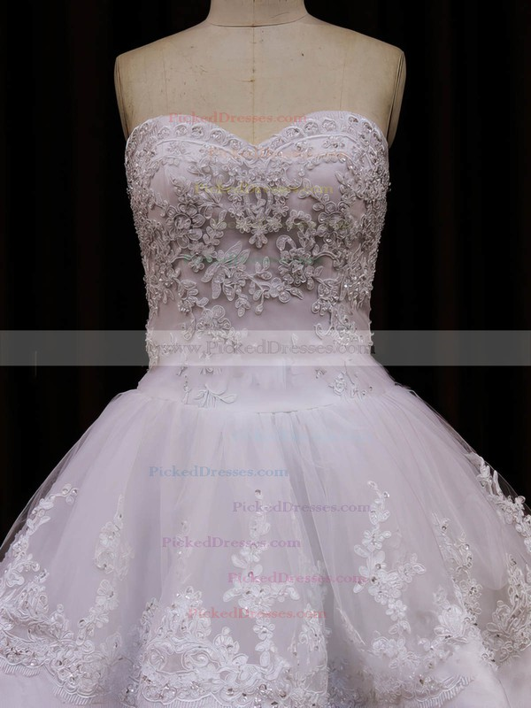 Beautiful Princess Tulle Appliques Lace Sweetheart Ivory Wedding Dresses #PDS00021990