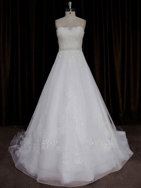 A-line Sweep Train Ivory Tulle Appliques Lace Elegant Wedding Dresses