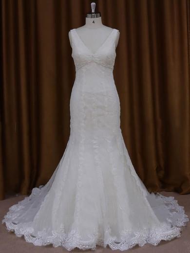 Trumpet/Mermaid V-neck Graceful Tulle Appliques Lace Ivory Wedding Dresses #PDS00022084