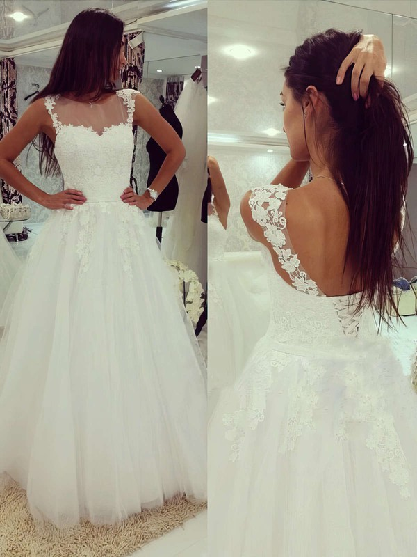 Scoop Neck Tulle Appliques Lace Floor-length Lace-up White Wedding Dress