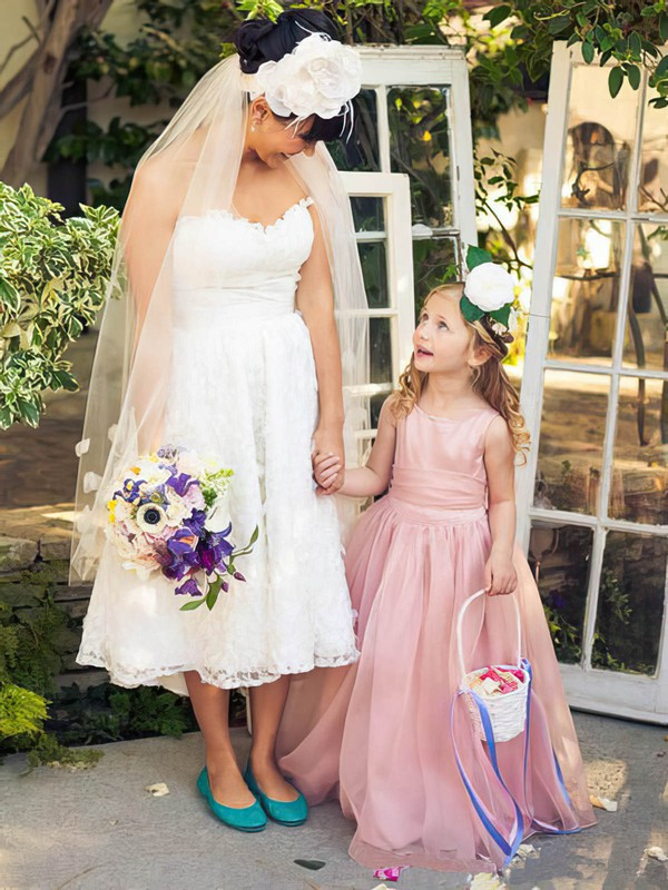 Prettiest A-line Scoop Neck Organza Floor-length Sashes / Ribbons Flower Girl Dresses #PDS01031925