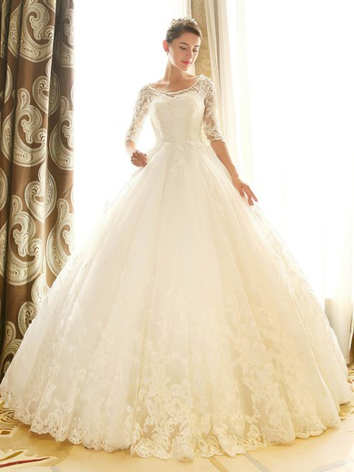 Ball Gown Scoop Neck Tulle Appliques Lace Chapel Train 1/2 Sleeve Backless Popular Wedding Dresses #PDS00022670