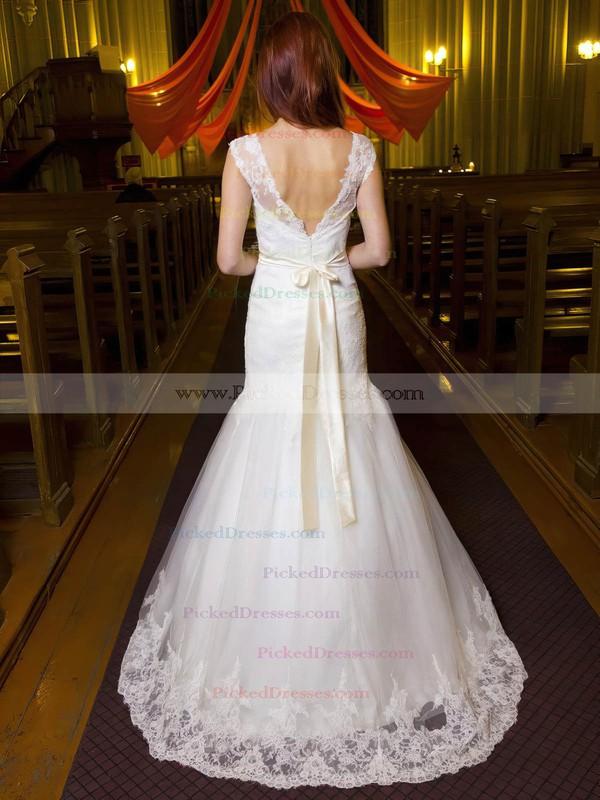 Modest Trumpet/Mermaid V-neck Tulle Appliques Lace Floor-length Backless Wedding Dresses #PDS00022695