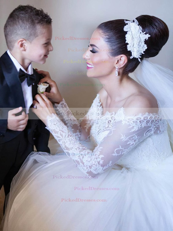 Graceful Ball Gown Off-the-shoulder Tulle Appliques Lace Floor-length Long Sleeve Wedding Dresses #PDS00022702