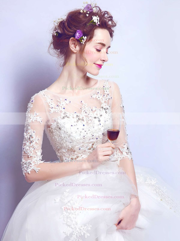 Classy Ball Gown Scoop Neck Tulle Appliques Lace Floor-length 1/2 Sleeve Wedding Dresses #PDS00022876