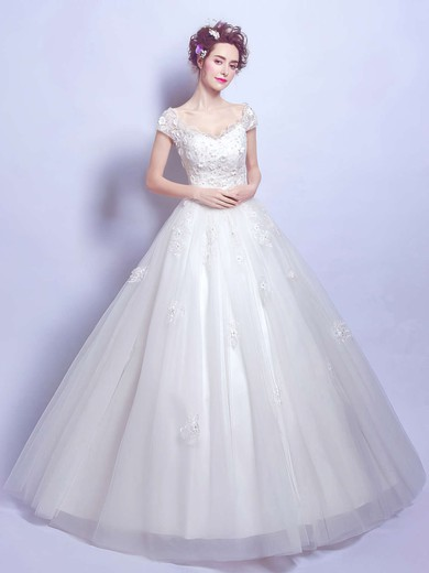 Perfect Ball Gown V-neck Tulle Appliques Lace Floor-length Short Sleeve Wedding Dresses #PDS00022884