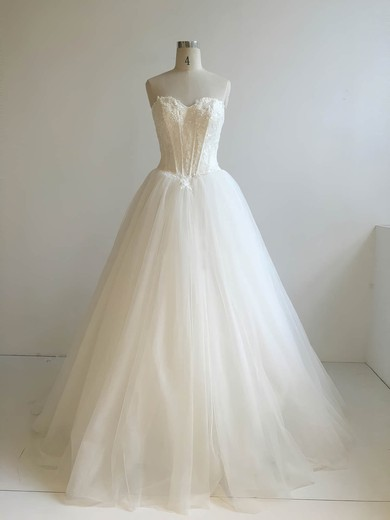 Ball Gown Sweetheart Floor-length Tulle with Appliques Lace Wedding Dresses #PDS00022947