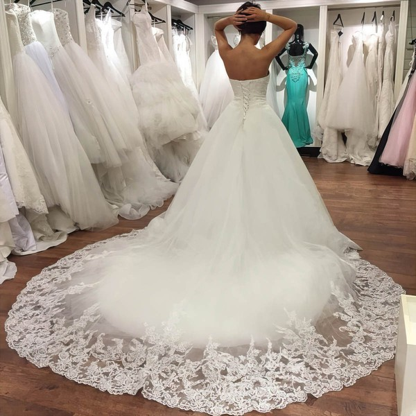 Ball Gown Sweetheart Chapel Train Tulle with Appliques Lace Wedding Dresses #PDS00023034