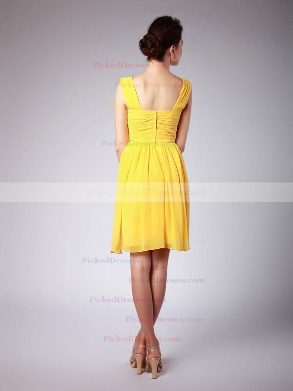 Chiffon Sheath/Column Scoop Knee-length Pleats Bridesmaid Dresses #PDS02042139