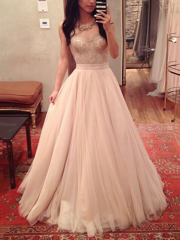 Ball Gown Sweetheart Floor-length Tulle with Appliques Lace Prom Dresses #PDS020104360
