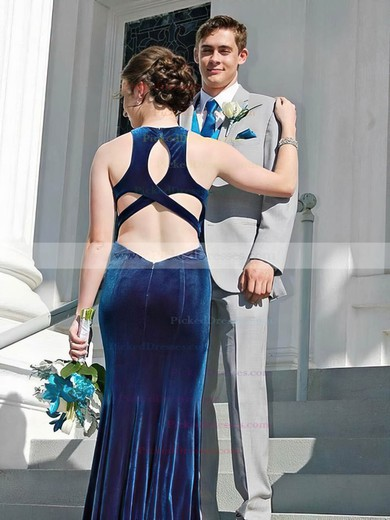 Trumpet/Mermaid Scoop Neck Floor-length Velvet Prom Dresses #PDS020106120