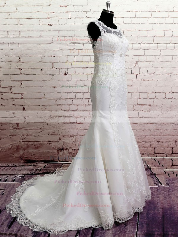 Unique White Lace Scoop Neck Buttons Trumpet/Mermaid Wedding Dress #PDS00020568