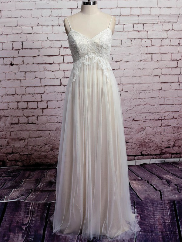 Affordable V-neck Ivory Tulle Appliques Lace Empire Wedding Dresses