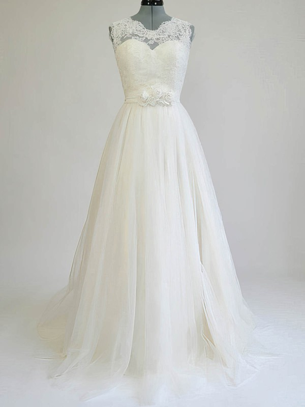 Ivory Scalloped Neck Tulle Sashes / Ribbons Gorgeous Sweep Train Wedding Dresses #PDS00020812