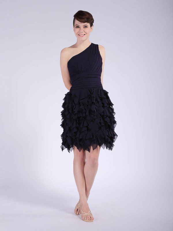 On PickeDDresses a lot of different style for the bridesmaid dresses. 4 Moda